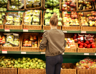Bridging the Generational Grocery Shopping Gap: 3 Key Insights