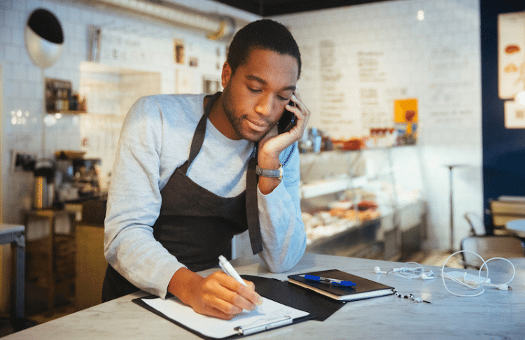 8 Ways to Improve Your Call Handling & Convert More Customers