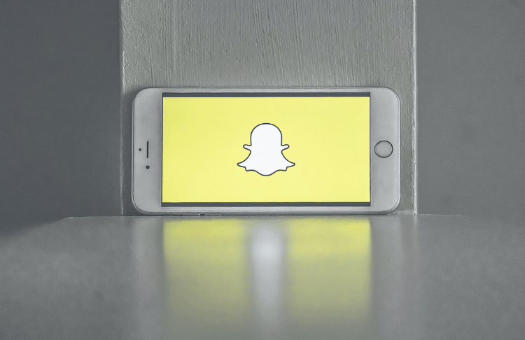 How to Create a Snapchat Business Account (+5 Expert Tips to Get Started)